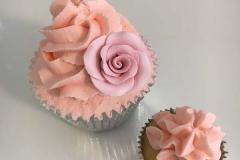 cakes by mey personalised cakes london herts (6)