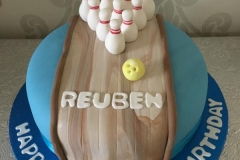 personalised childrens novelty bespoke cakes london herts (52)